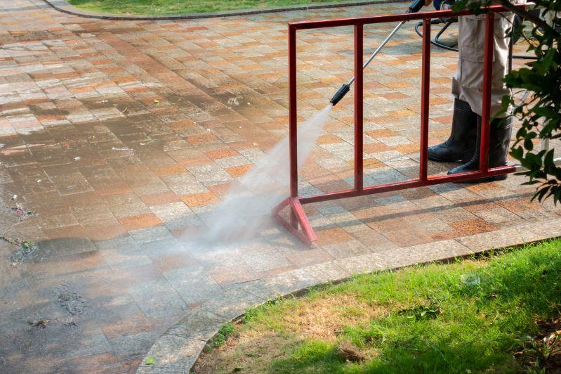 Myjka ciśnieniowa - jaką kupić do domu, a jaką do użytku przemysłowego?